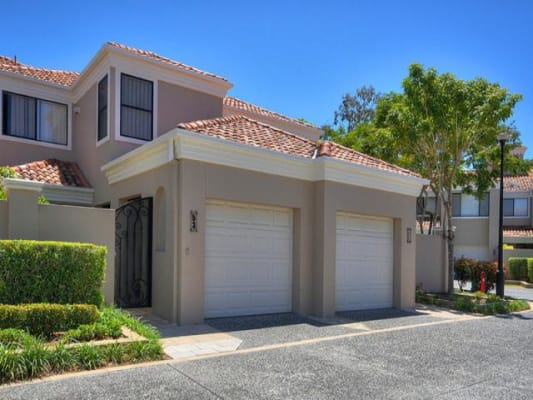 $155, Share-house, 4 bathrooms, Elliott Street, Surfers Paradise QLD 4217