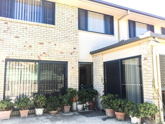 $160, Student-accommodation, 6 rooms, Redwood Place, Molendinar QLD 4214, Redwood Place, Molendinar QLD 4214