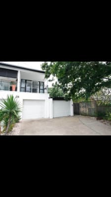 $160, Share-house, 3 bathrooms, Mawarra Street, Surfers Paradise QLD 4217