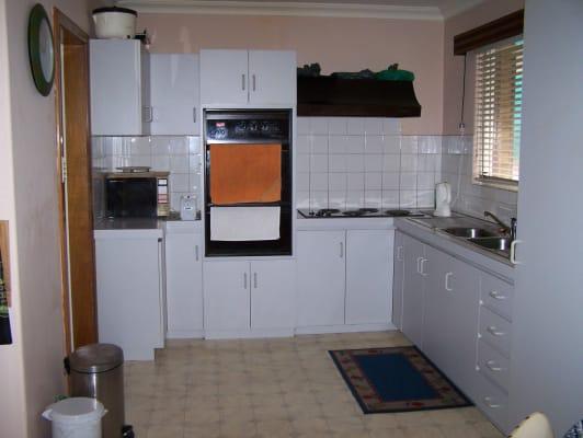 $150, Share-house, 3 bathrooms, Michael Street, Beaconsfield WA 6162