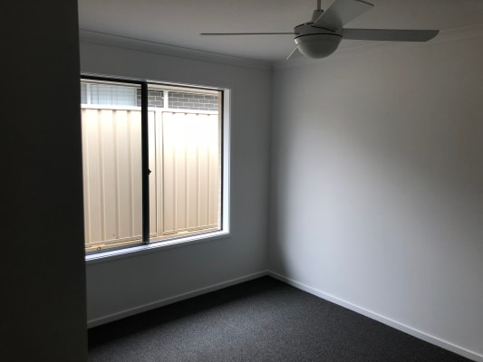 $220, Share-house, 2 rooms, Sapphire Drive, Rutherford NSW 2320, Sapphire Drive, Rutherford NSW 2320