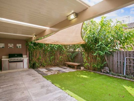 $160, Share-house, 3 bathrooms, Alison Road, Carrara QLD 4211