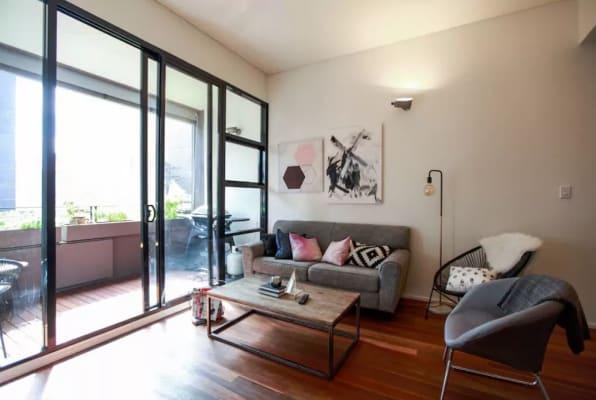 $550, Flatshare, 2 bathrooms, Bellevue Street, Surry Hills NSW 2010