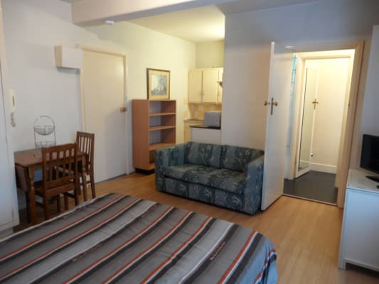 $460, Studio, 1 bathroom, Waterloo Crescent, Saint Kilda VIC 3182