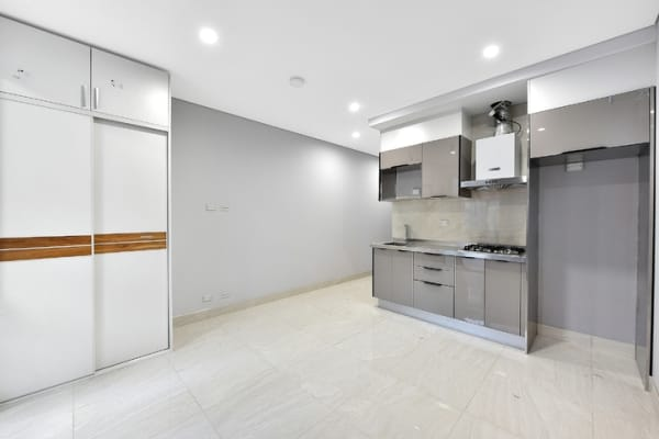 $350, Studio, 1 bathroom, Stuart Street, Concord West NSW 2138