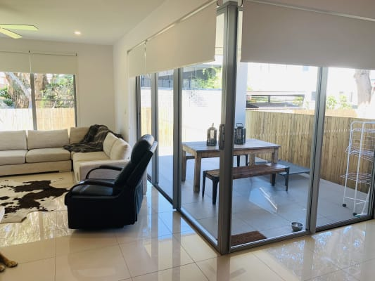 $160, Share-house, 4 bathrooms, Drake Avenue, Paradise Point QLD 4216