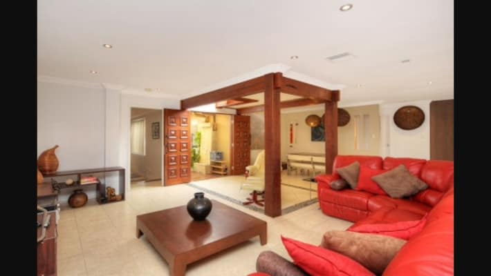 $300, Share-house, 5 bathrooms, Monterey Court, Broadbeach Waters QLD 4218