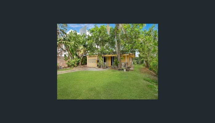 $210, Share-house, 3 bathrooms, Gold Coast Highway, Mermaid Beach QLD 4218