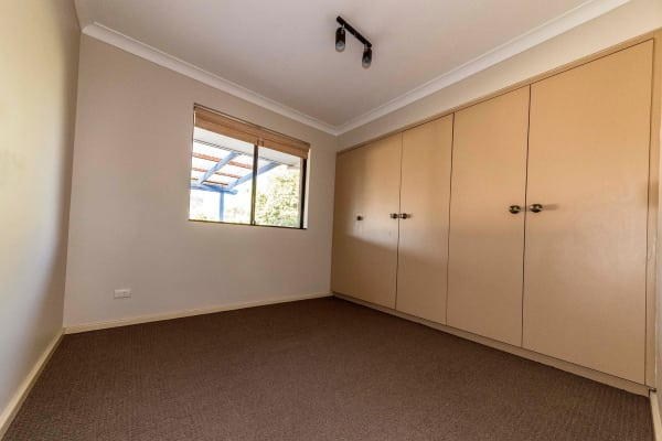 $150, Share-house, 3 bathrooms, Crusader Drive, Thornlie WA 6108