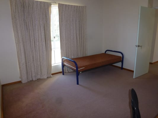 $120, Share-house, 6 bathrooms, Rhodes Place, Maida Vale WA 6057