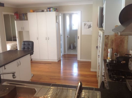 $200-250, Share-house, 2 rooms, Kruger Avenue, Windang NSW 2528, Kruger Avenue, Windang NSW 2528