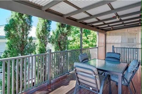 $180, Share-house, 4 bathrooms, Wahcumba Street, Dutton Park QLD 4102