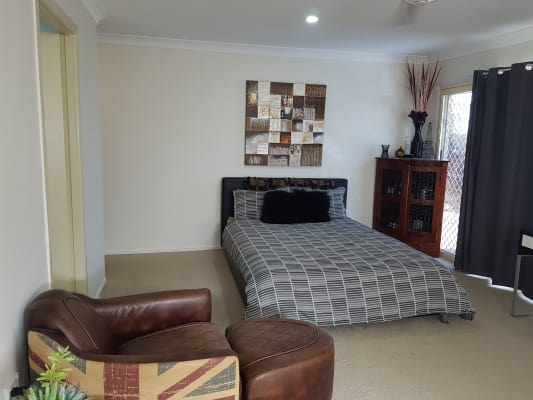 $220, Whole-property, 6 bathrooms, Byng Road, Birkdale QLD 4159