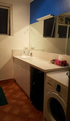 $250, Flatshare, 2 bathrooms, Barkly Street, Saint Kilda VIC 3182