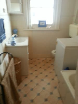 $320, Flatshare, 2 bathrooms, Carlisle Street, Saint Kilda VIC 3182