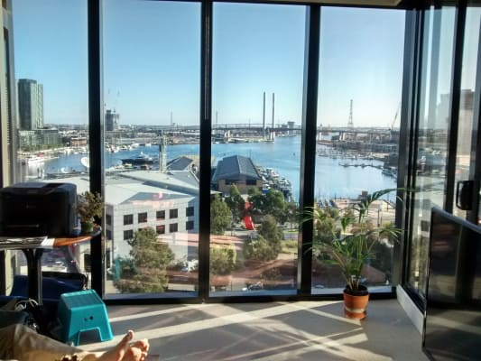 $390, Flatshare, 2 bathrooms, La Trobe Street, Docklands VIC 3008