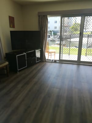 $240, Flatshare, 2 bathrooms, Madang Crescent, Runaway Bay QLD 4216