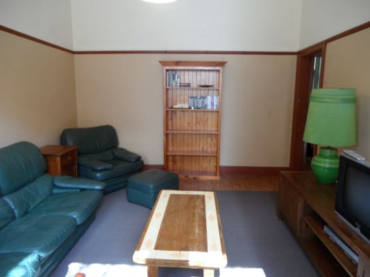 $170, Flatshare, 1 bathroom, Clyde Street, Saint Kilda VIC 3182