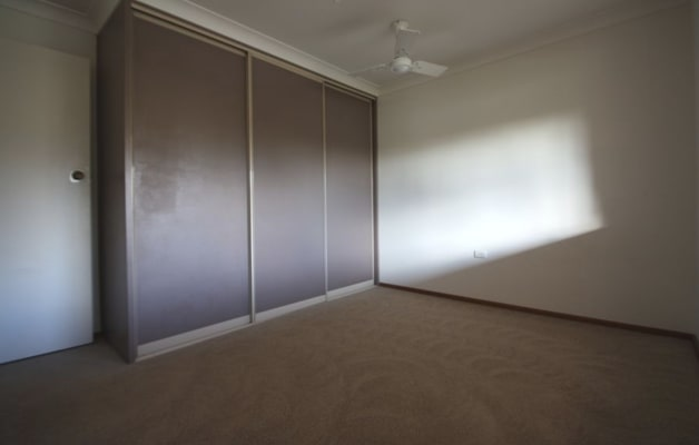 $150, Share-house, 3 bathrooms, Topeka Street, Tolland NSW 2650