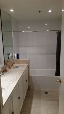 $300, Flatshare, 3 bathrooms, Spring Street, Bondi Junction NSW 2022
