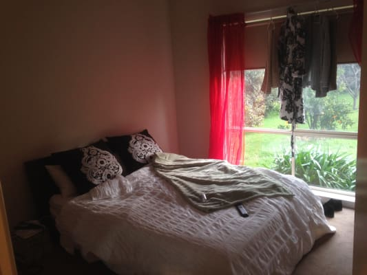 $185, Share-house, 4 bathrooms, Holm Park Road, Beaconsfield VIC 3807