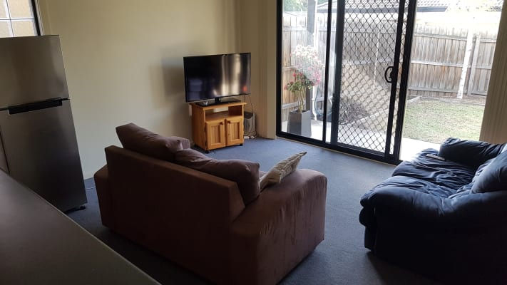 $155, Flatshare, 3 bathrooms, Maroondah Highway, Croydon North VIC 3136