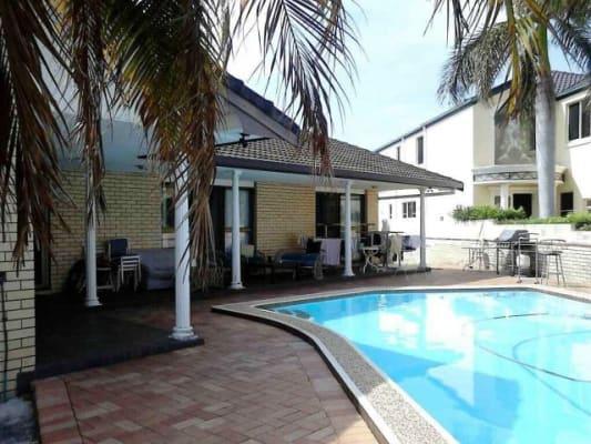 $260, Share-house, 4 bathrooms, Sunrise Boulevard, Surfers Paradise QLD 4217