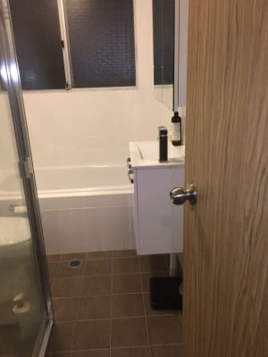 $350, Share-house, 2 bathrooms, Dee Why Parade, Dee Why NSW 2099