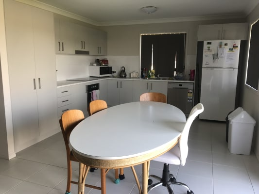 $95, Share-house, 3 bathrooms, Francis Road, Laidley North QLD 4341