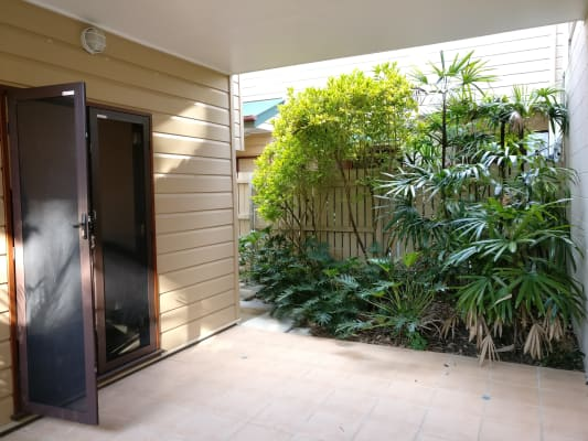 $200, Share-house, 3 bathrooms, Charlotte Street, Paddington QLD 4064