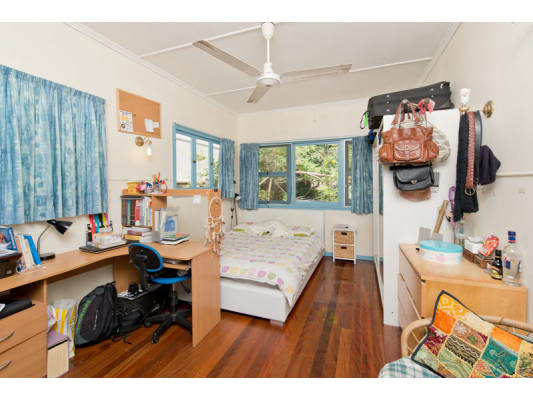 $710, Whole-property, 4 bathrooms, Carmody Road, Saint Lucia QLD 4067