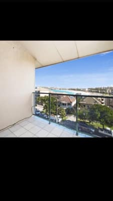 $330, Flatshare, 2 bathrooms, Queenscliff Road, Queenscliff NSW 2096