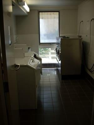 $255, Studio, 1 bathroom, Hawthorn Road, Caulfield North VIC 3161