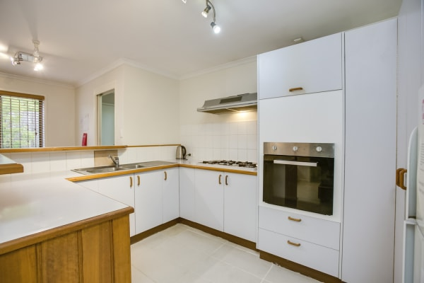$220, Share-house, 6 bathrooms, Broadway Street, Woolloongabba QLD 4102