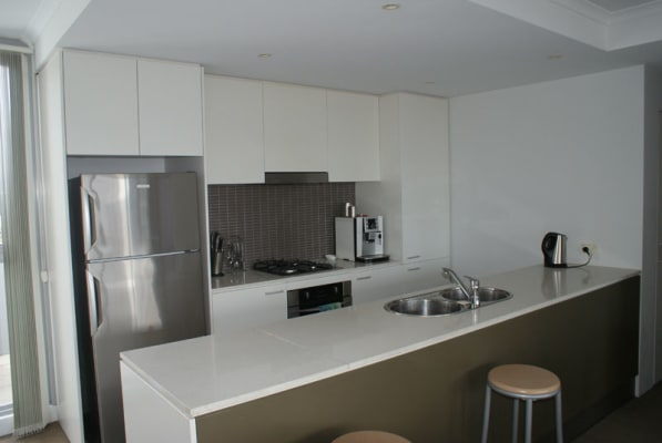 $330, Flatshare, 2 bathrooms, Hutchinson Walk, Zetland NSW 2017