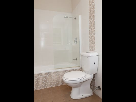$180, Share-house, 3 bathrooms, McIsaac Street, Tighes Hill NSW 2297