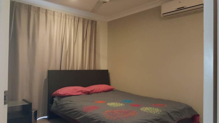 $155, Share-house, 3 bathrooms, Marshall Road, Holland Park West QLD 4121