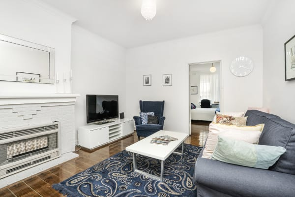 $550, 1-bed, 1 bathroom, Malvern Road, Toorak VIC 3142