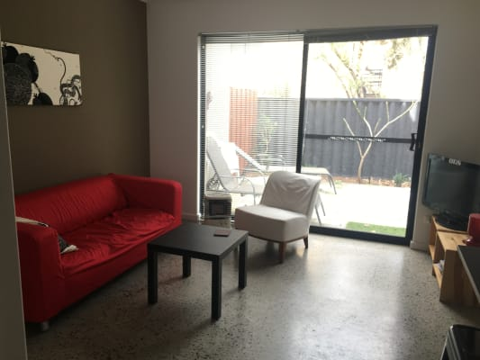 $250, Share-house, 3 bathrooms, Filburn Street, Scarborough WA 6019
