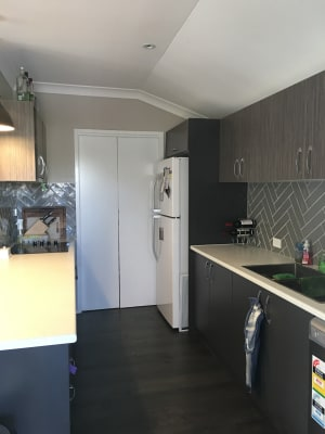 $170, Share-house, 3 bathrooms, Cottenham Street, Fairfield QLD 4103