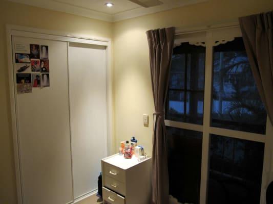 $180-240, Flatshare, 3 rooms, Cronin Street, Annerley QLD 4103, Cronin Street, Annerley QLD 4103