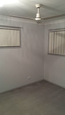 $165, Flatshare, 2 bathrooms, Pacific Motorway, Tanah Merah QLD 4128