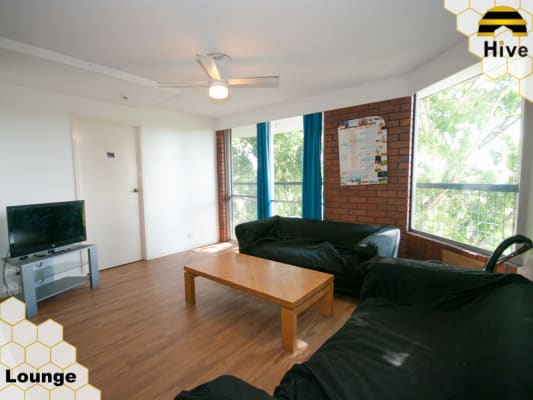 $290, Student-accommodation, 1 bathroom, Sir Fred Schonell Drive, Saint Lucia QLD 4067