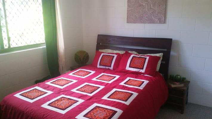 $140, Flatshare, 2 bathrooms, Mimosa Street, Holloways Beach QLD 4878