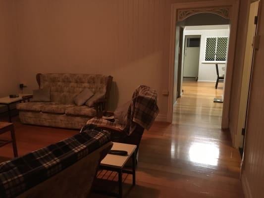 $150, Share-house, 3 bathrooms, Bawden Street, Berserker QLD 4701
