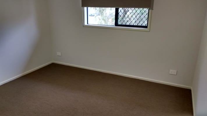 $180, Share-house, 3 bathrooms, Waterworks Road, The Gap QLD 4061