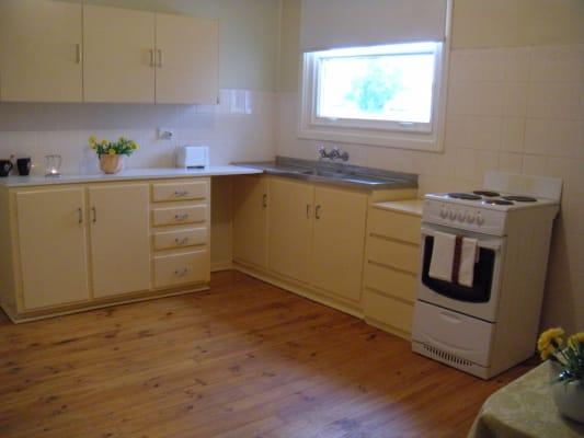$160, Whole-property, 3 bathrooms, Perkins Street, Whyalla Stuart SA 5608