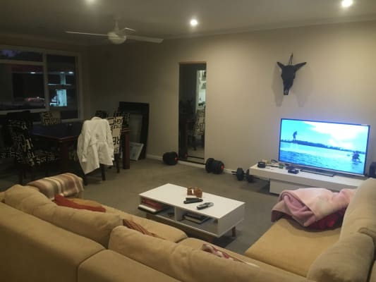 $210, Share-house, 2 rooms, Billarong Avenue, Dee Why NSW 2099, Billarong Avenue, Dee Why NSW 2099