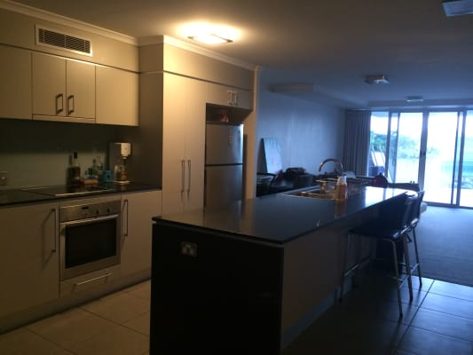 $200, Flatshare, 2 bathrooms, Horton Parade, Maroochydore QLD 4558