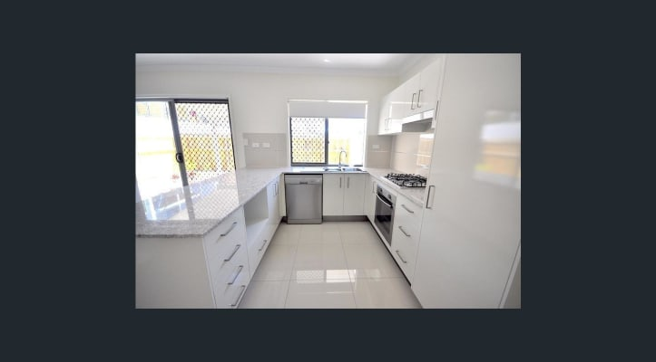 $145, Share-house, 3 bathrooms, Photinia Crescent, Mountain Creek QLD 4557